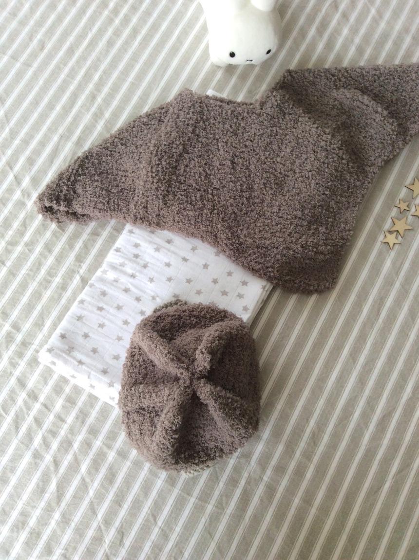 dansmabesace-details-bonnet-et-poncho