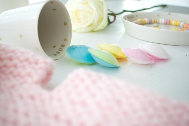 Dansmabesace - Rose bonbon - Capsules acidulées.jpg