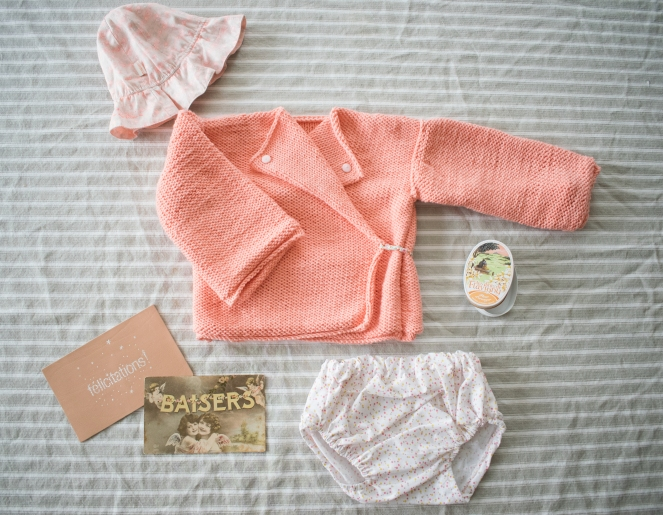 Dansmabesace - Corail baby girl - cache coeur tricot et bloomer.jpg