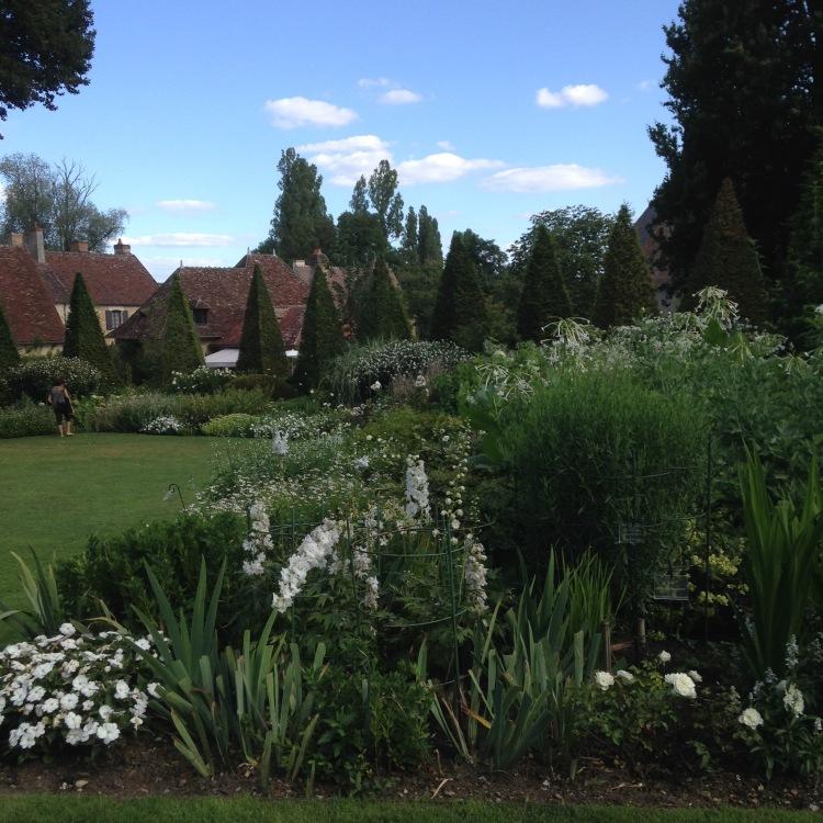 Dansmabesace - Slowlife - Parc floral Apremont sur allier - Massif blanc