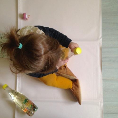 Dansmabesace - DIY - Bouteilles sensorielles2