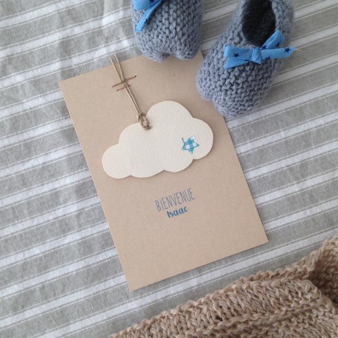 Dansmabesace - Scrap et tricot - Bienvenue Isaac -Carte scrap kraft, blanc et bleu