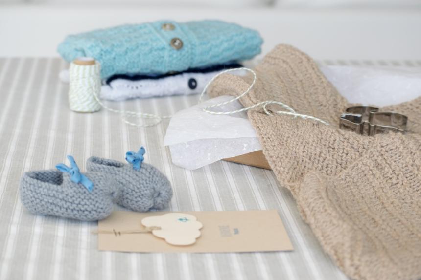 Dansmabesace - Tricot - Bienenue Isaac - Détails tricots layette