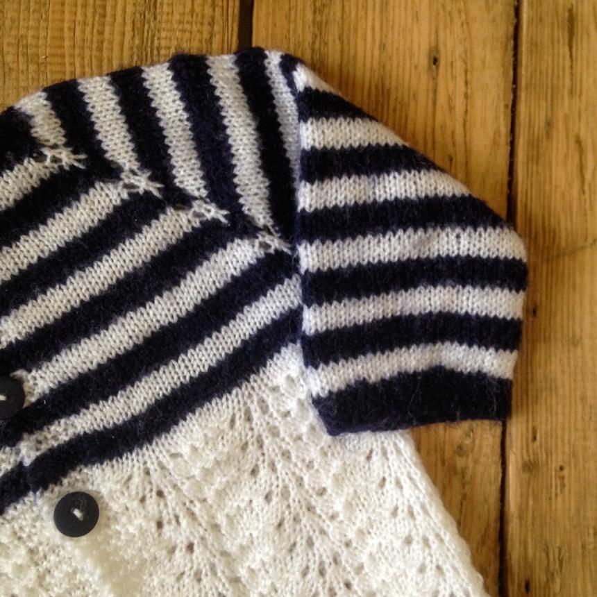 Dansmabesace - Tricot - Bienvenue Isaac - Details jersey rayé gilet marinière