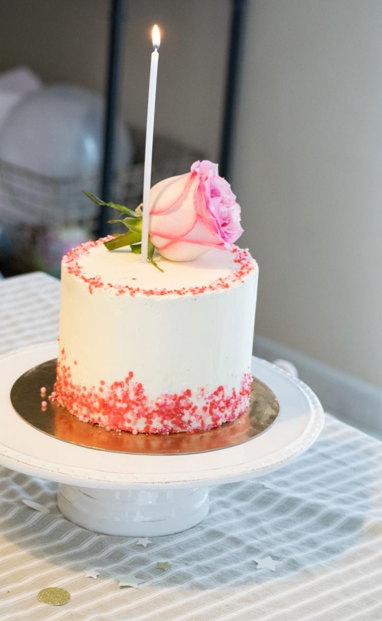 Dansmabesace - 1 an - Gâteau