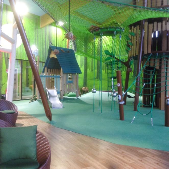 Dansmabesace - Center parcs Les Trois Forêts - Forest Lodge - Jeux.jpg
