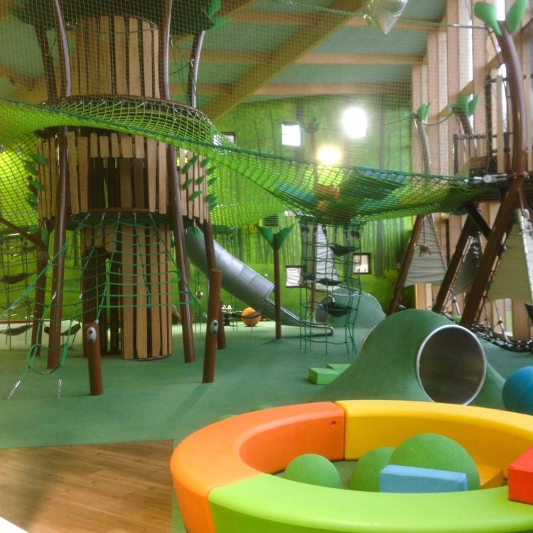 Dansmabesace - Center parcs Les Trois Forêts - Forest Lodge - Jeux2.jpg