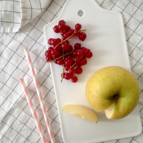 Dansmabesace - Slowlife - Kids mum - Diversification alimentaire - Compote pomme groseilles